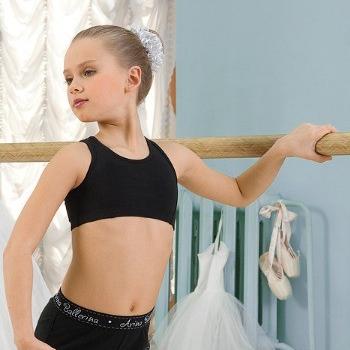 Майки, топы, футболки для танцев и гимнастики