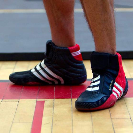 Обувь и футы для единоборств
