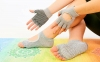 Перчатки для йоги и танцев без пальцев FI-8367 (хлопок, спандекс, эластан, цвета в ассортименте) 16